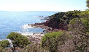 Red rock blue sea, Light to Light Walk